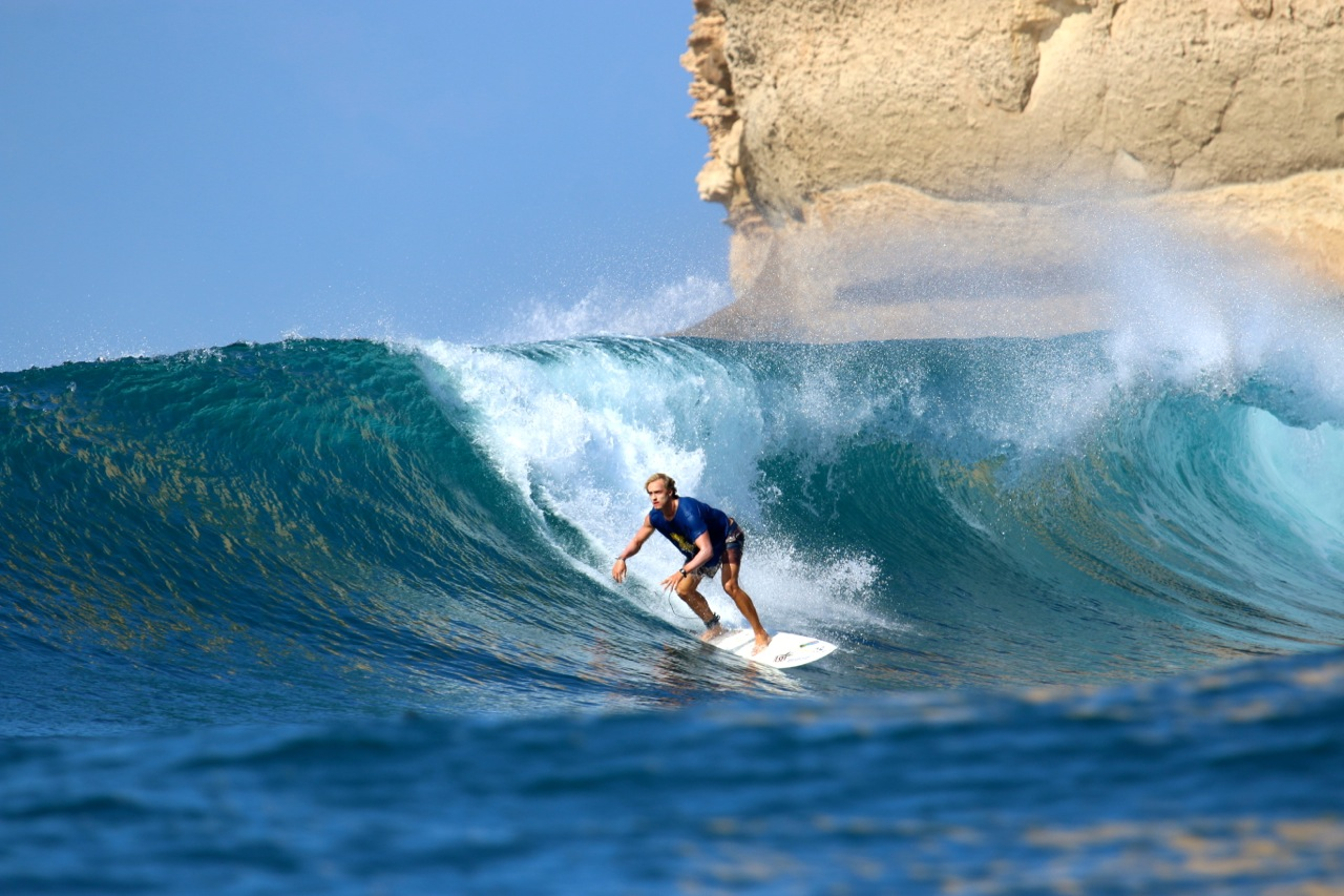 How long does it take to learn to surf?