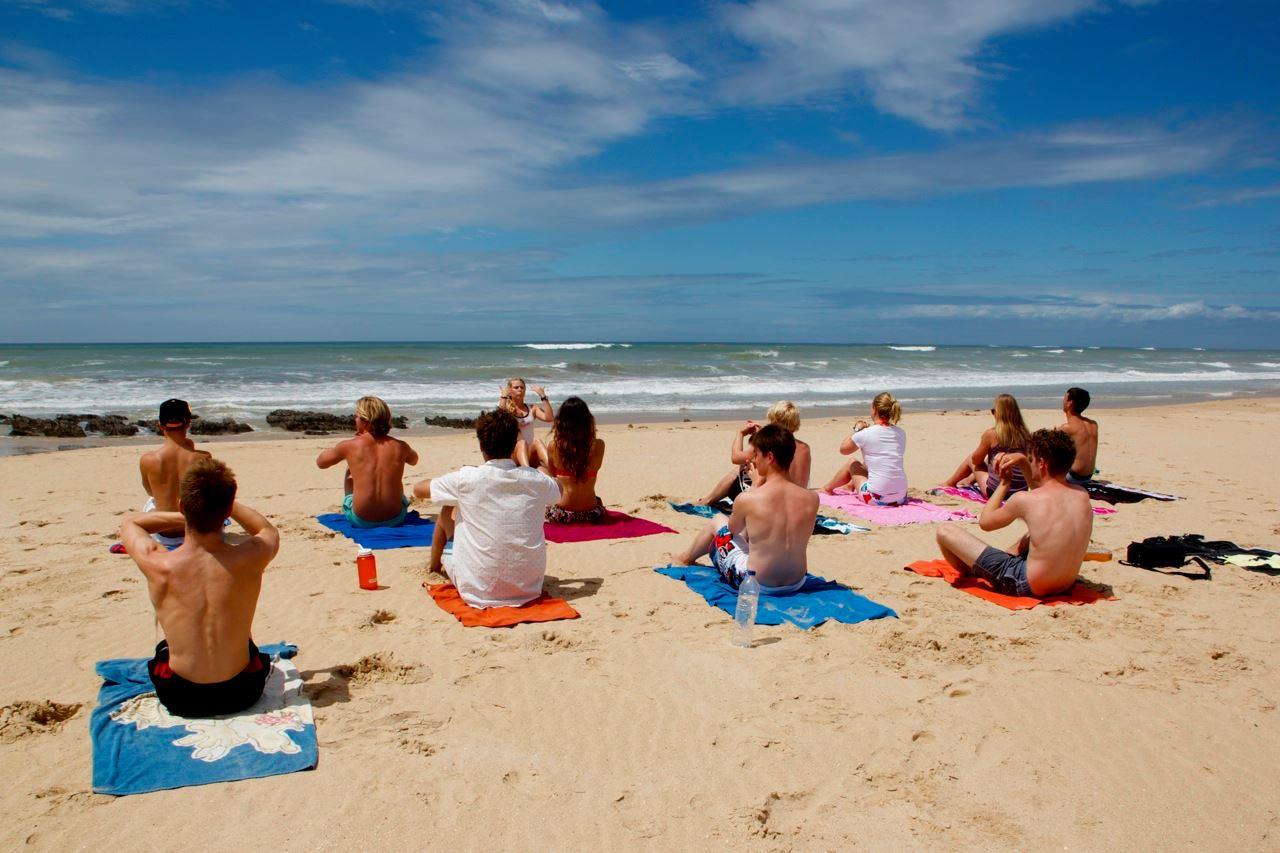 Beach-yoga-on-your-gap-year